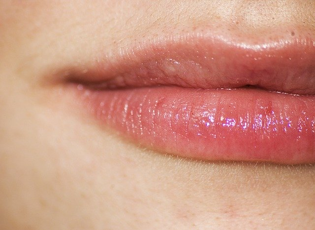 Essential Oils for Cold Sores on Lip 1